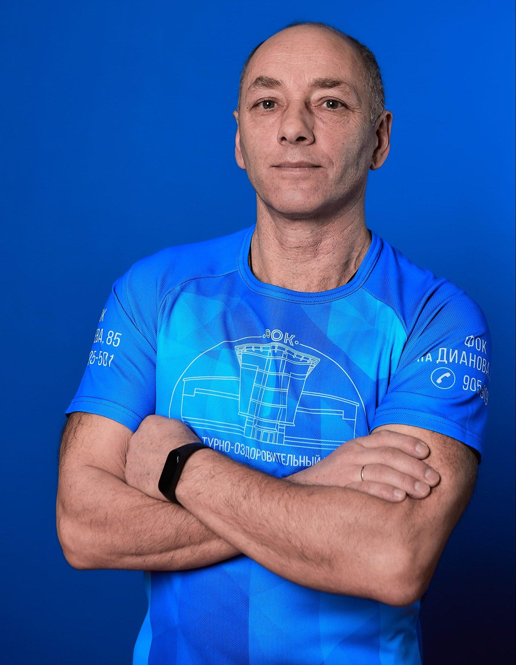 Инструктор Евгений Шутов